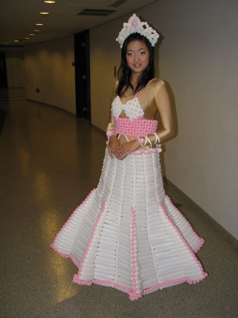 balloon-dress-3.jpg