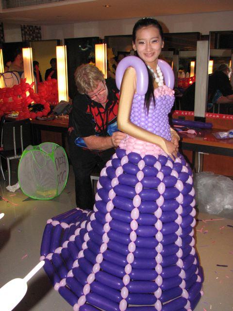 balloon-dress-on.jpg