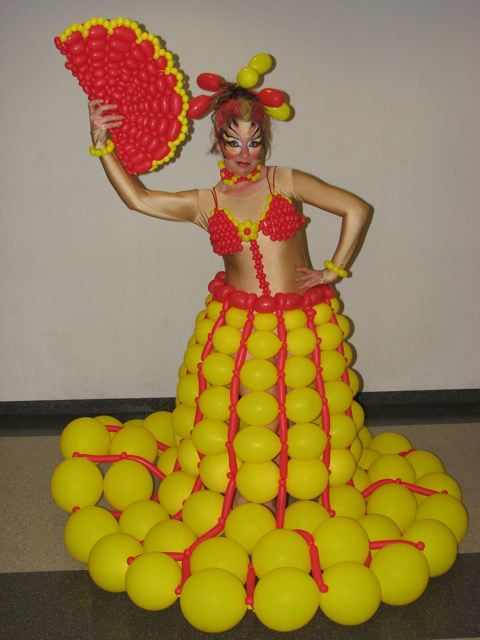 balloon-dress1.jpg