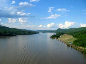 hudson-river.jpg